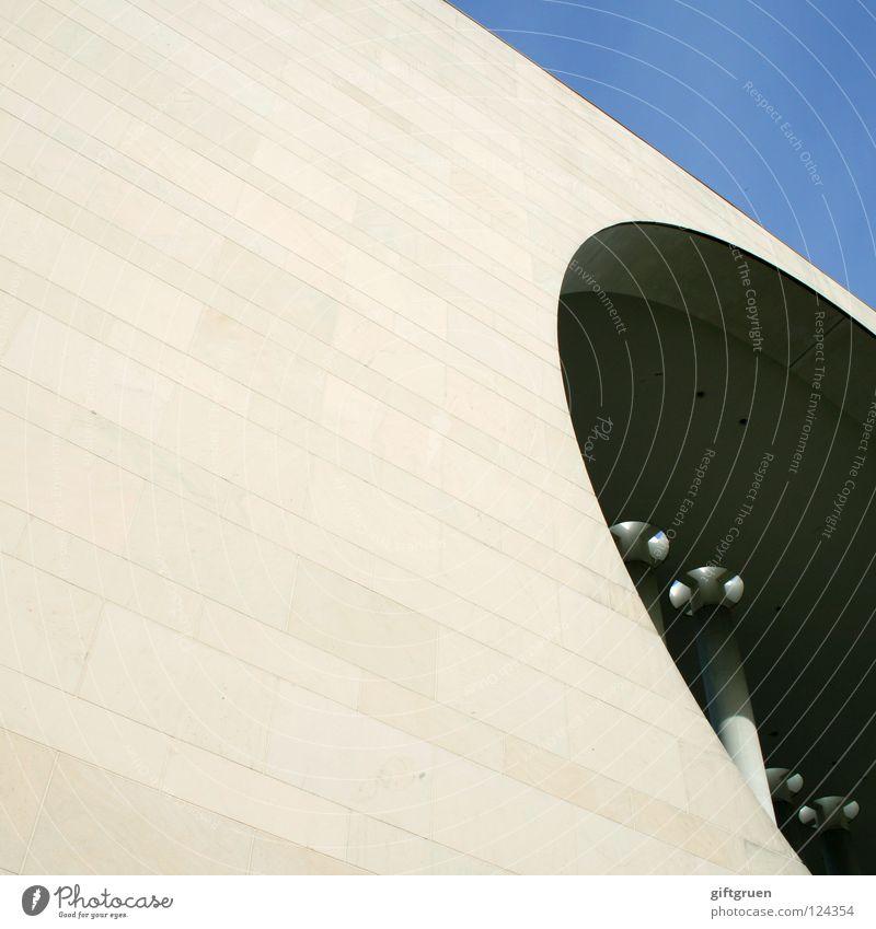 durchblick Berlin Gebäude Kunst Deutschland Glas Fassade Beton modern Baustelle Bauwerk Amerika Sehenswürdigkeit Sightseeing Hauptstadt Durchblick