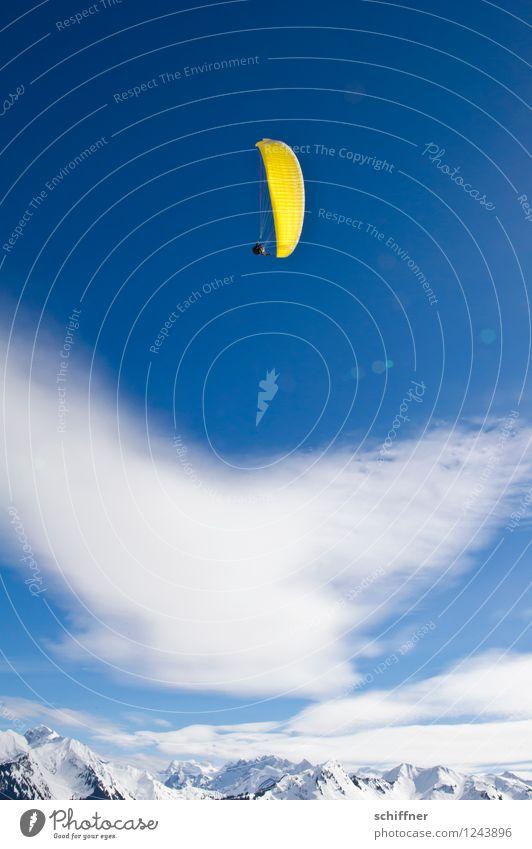 hoch hinaus | Überflieger Landschaft Himmel Wolken Schönes Wetter Eis Frost Schnee Felsen Alpen Berge u. Gebirge Gipfel Schneebedeckte Gipfel Gletscher fliegen