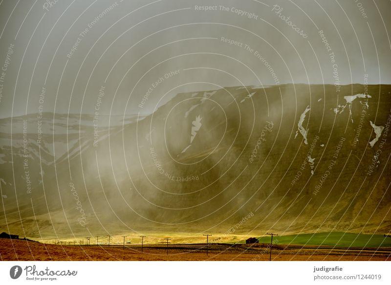 Island Umwelt Natur Landschaft Wolken Klima schlechtes Wetter Nebel Berge u. Gebirge Schneebedeckte Gipfel bedrohlich dunkel kalt natürlich wild Stimmung