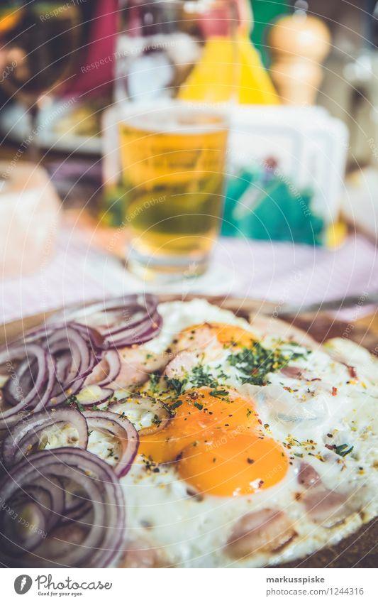 bergsteiger brotzeit jause Fleisch Brot Kräuter & Gewürze Zwiebel Spiegelei Schinken Ernährung Mittagessen Bioprodukte Bier Lifestyle Freizeit & Hobby