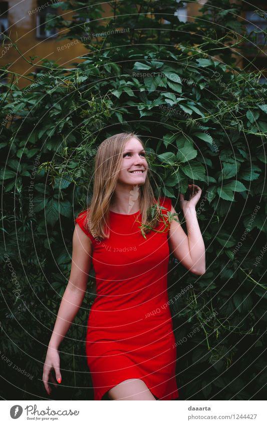 glückliche rote Dame Ferien & Urlaub & Reisen Jugendliche schön Sommer Junge Frau Freude Wärme Leben feminin Stil Feste & Feiern Freiheit Lifestyle