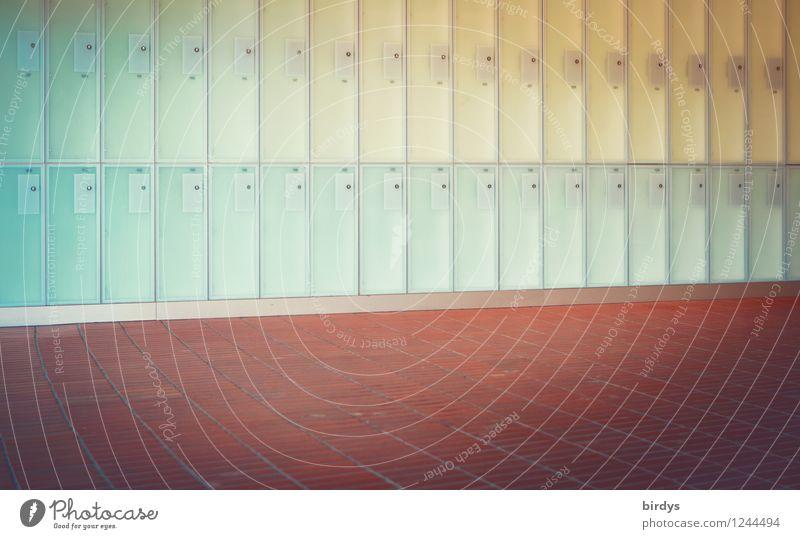 Schließfachdesign Mauer Wand Bodenbelag Terrakotta leuchten ästhetisch außergewöhnlich frisch hell Sauberkeit blau gelb rot türkis Sicherheit Design Farbe