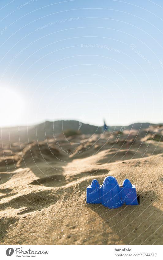 Sandpalast Ferien & Urlaub & Reisen Sommer Sommerurlaub Sonne Strand Meer blau braun Griechenland Rhodos Sandspielzeug Himmel himmelblau Farbfoto Außenaufnahme