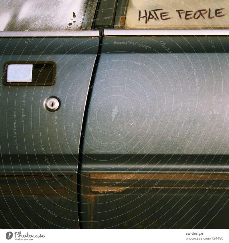 LOVE CARS Mensch Ferien & Urlaub & Reisen Freude gelb kalt Wärme Freiheit Wege & Pfade Bewegung Stil PKW Linie Arbeit & Erwerbstätigkeit Rücken Freizeit & Hobby