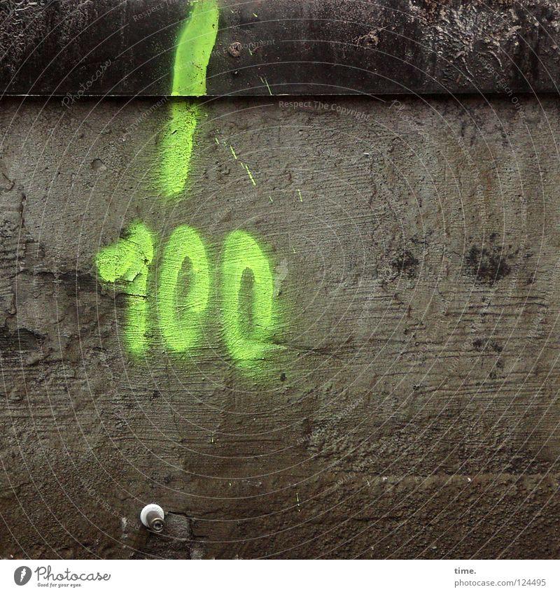 Lebensantworten grün Graffiti Beton offen Ziffern & Zahlen Hinweisschild Gemälde Bahnhof Wachsamkeit Furche beweglich Neonlicht Schraube Plattenbau Fuge 100