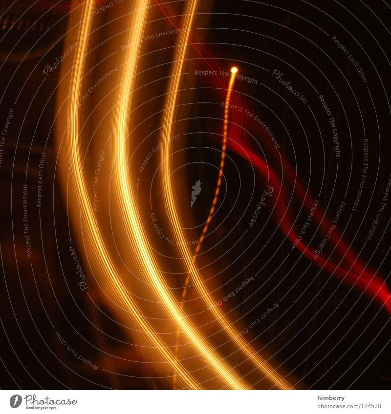ooopsupcase rot Freude schwarz Bewegung orange Geschwindigkeit gefährlich bedrohlich Verkehrswege Ampel unruhig wackeln Bewusstseinsstörung Filmriss