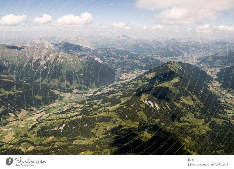 Wispile Himmel Natur Sommer Erholung ruhig Ferne Berge u. Gebirge Wärme Sport Freiheit fliegen Lifestyle Zufriedenheit Freizeit & Hobby Luft Luftverkehr