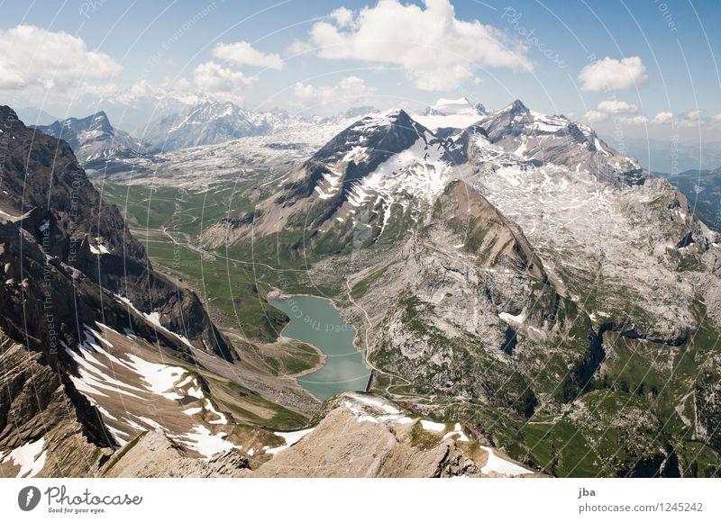 Blick zum Sanetsch Erholung ruhig Ausflug Ferne Sommer Berge u. Gebirge Sport Gleitschirmfliegen Natur Landschaft Urelemente Luft Wasser Schönes Wetter Felsen
