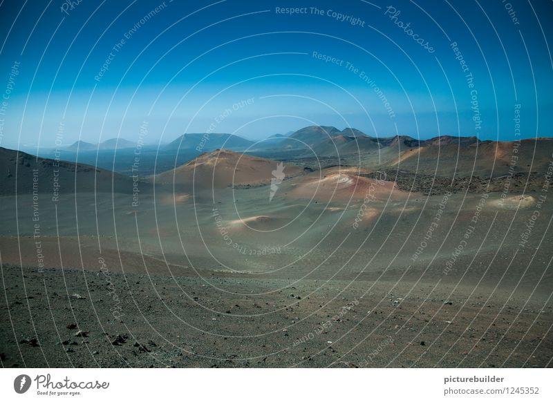 Vulkania wandern Natur Landschaft Erde Wolkenloser Himmel Sommer Schönes Wetter Dürre trist trocken blau ruhig Horizont Farbfoto Außenaufnahme Textfreiraum oben