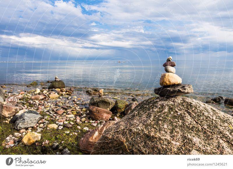 Ostseeküste auf Rügen Erholung Ferien & Urlaub & Reisen Strand Natur Landschaft Wolken Felsen Küste Meer Sehenswürdigkeit Stein blau Romantik Idylle Tourismus