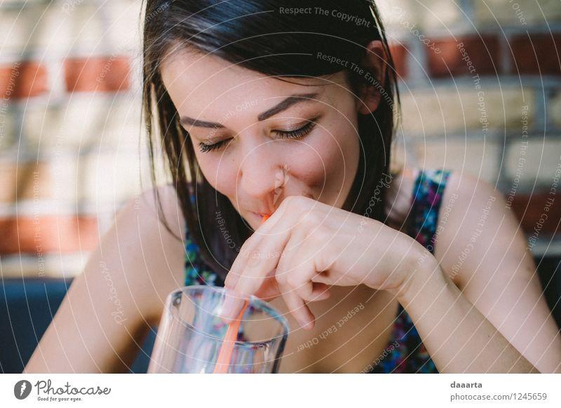 Genieße Sommer Getränk Trinkwasser Limonade Glas Trinkhalm Lifestyle elegant Stil Freude Leben harmonisch Sinnesorgane Erholung Freizeit & Hobby Spielen Ausflug