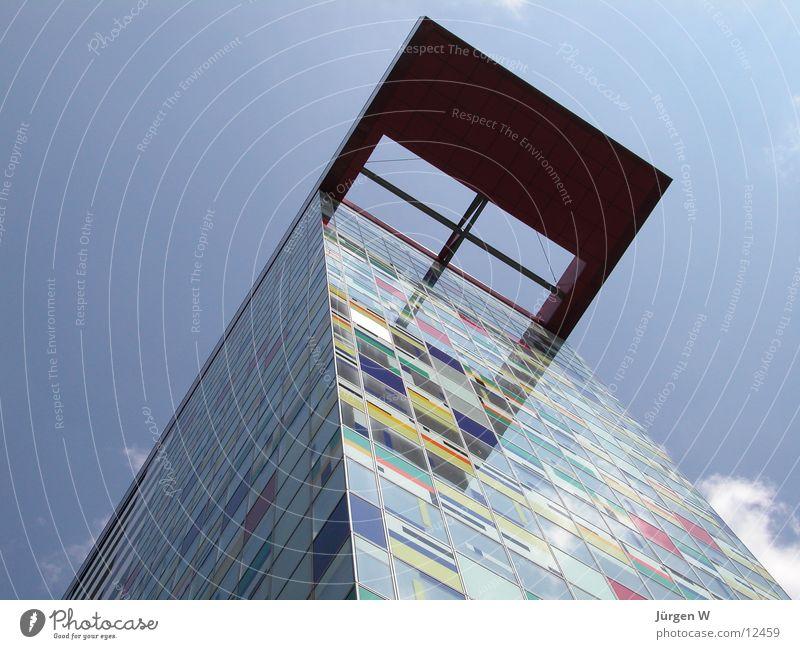 Patchwork Haus mehrfarbig Portwein Himmel Architektur hoch Farbe Düsseldorf Hafen Schatten high building achitecture multicolored colors shadow sky