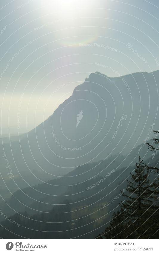 Bergige Schattierungen Himmel weiß Baum Sonne Wald Berge u. Gebirge grau Nebel Schweiz Hügel Himmelskörper & Weltall hell-blau Jura dunkelgrau