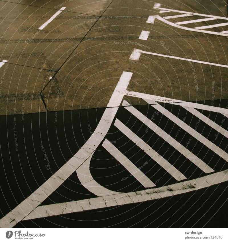 am tag der abreise am ankunftsort... Ferien & Urlaub & Reisen Straße Wege & Pfade Linie Verkehr Schilder & Markierungen Kreis Beton Eisenbahn Zeichen