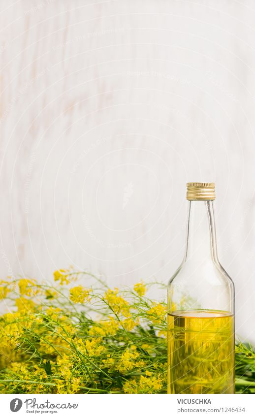 Raps Öl in Flasche auf weißem Holz Hintergrund Natur Gesunde Ernährung gelb Leben Blüte Stil Essen Hintergrundbild Foodfotografie Lebensmittel Design frisch Ernährung Kochen & Garen & Backen Kräuter & Gewürze Bioprodukte