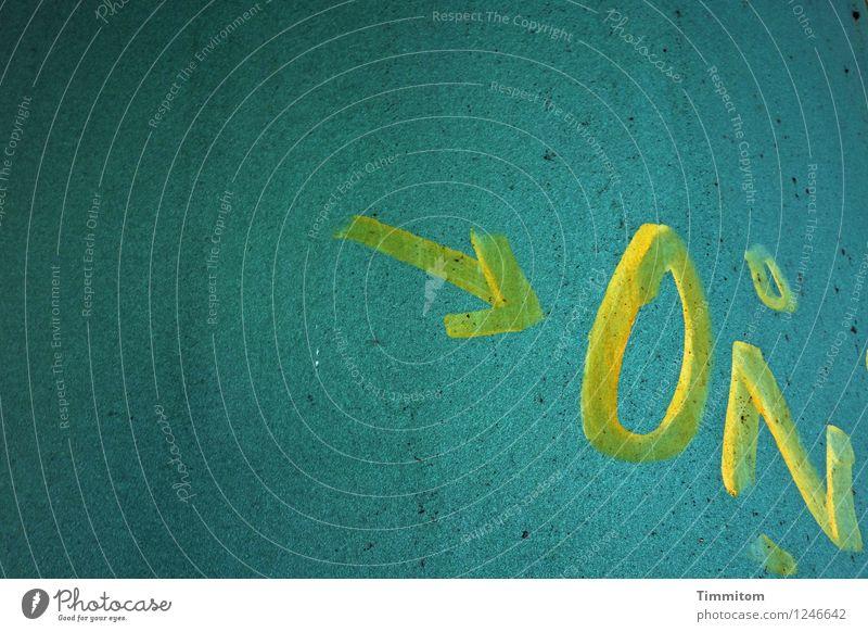 WAS? blau dunkel gelb Gefühle Linie Metall Schriftzeichen Brücke Pfeil Irritation