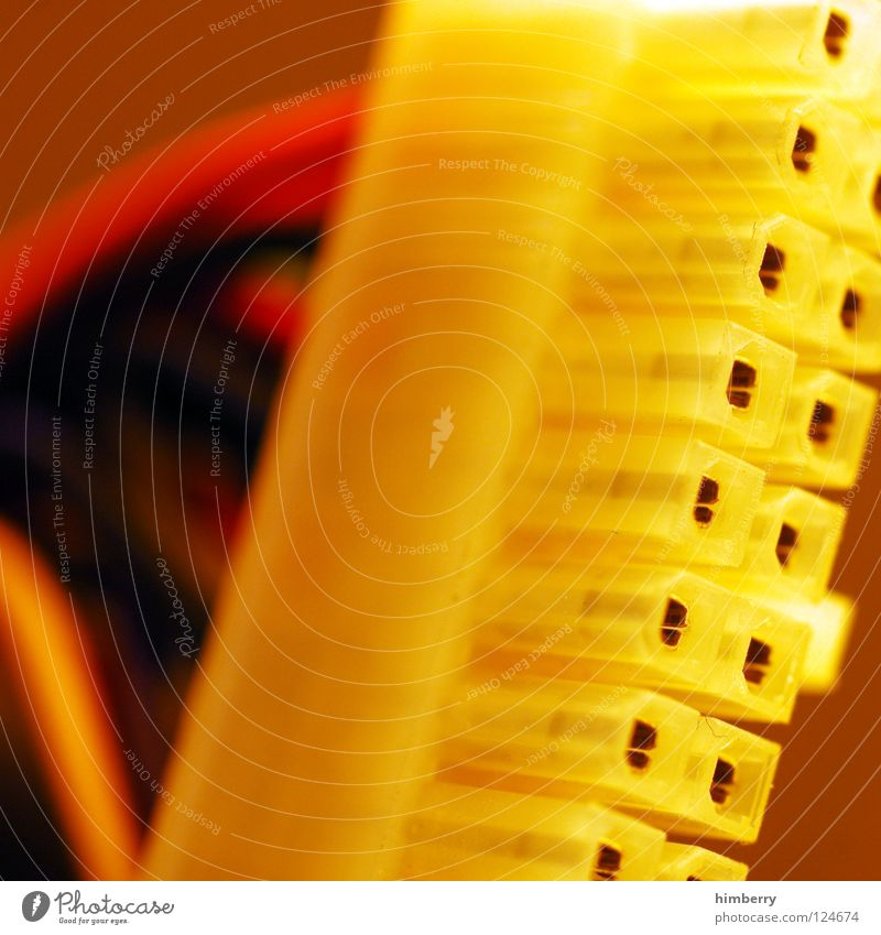 connectioncase rot gelb Kraft Kabel Technik & Technologie Verbindung Informationstechnologie Draht Leitung verbinden Anschluss Saft Server Hardware DVD-ROM