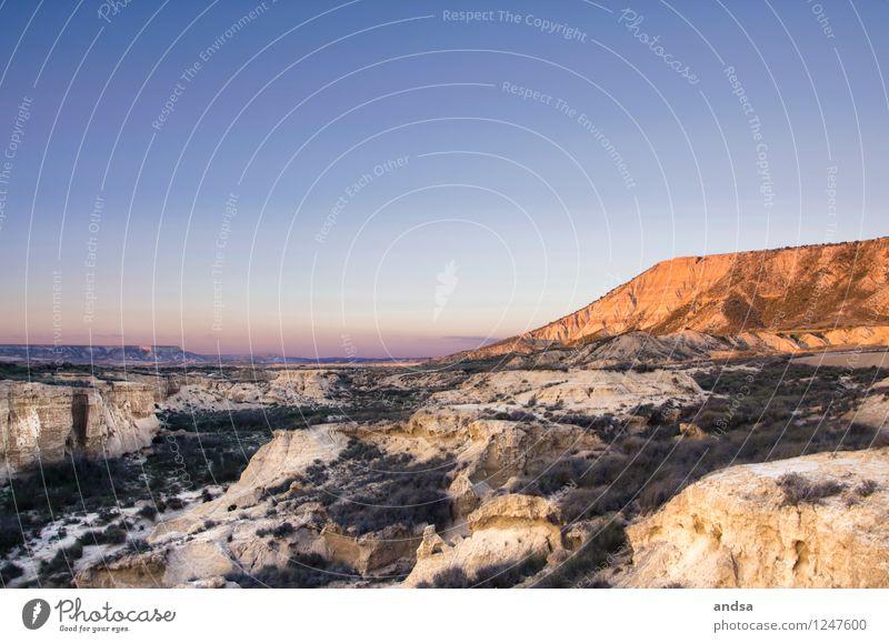 Spanien IV Himmel Natur blau Pflanze grün Landschaft Ferne gelb Gras Stein braun Sand Felsen Horizont orange Luft