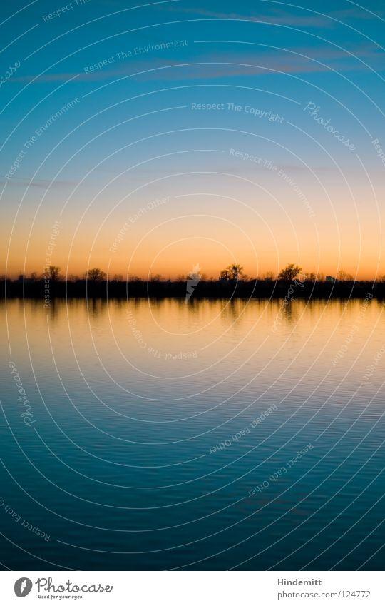 Abendrot, Schlechtwetter ... ach so ein Schwachsinn! See Stausee mehrfarbig Sonnenuntergang besinnlich Denken Baum Reflexion & Spiegelung Wolken kalt Physik