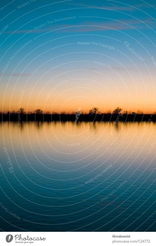 Abendrot, Schlechtwetter ... ach so ein Schwachsinn! Wasser schön Himmel Baum Sonne blau Winter ruhig Wolken Farbe kalt See Denken Wärme orange Wellen