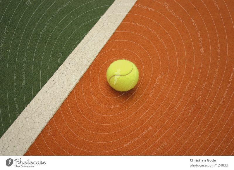 Vom Punkt zur Linie zur Fläche Tennis Teppich Winter reserviert Tennisball grün weiß Geschwindigkeit Spielen Tennisschläger 2 Aufschlag gelb Linienrichter Sport