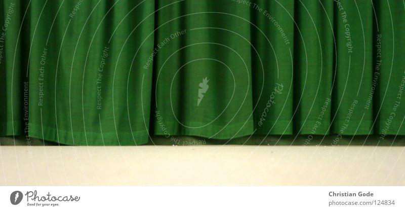 Der Vorhang ist gefallen. grün weiß Winter Spielen springen Linie Freizeit & Hobby Geschwindigkeit Stoff Ball Netz Teile u. Stücke Theater Kino Lagerhalle Teppich