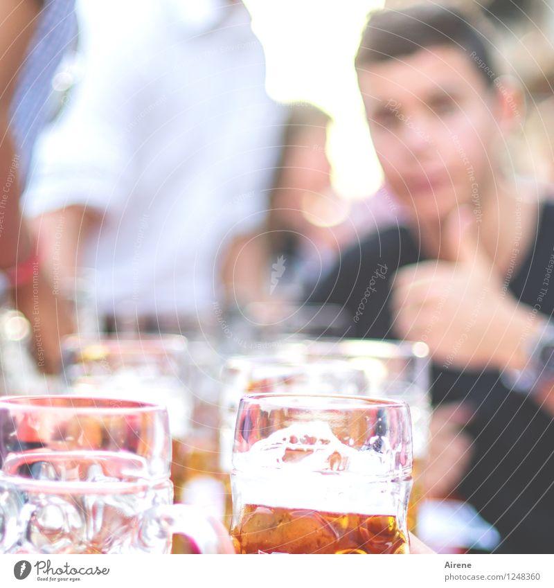 passt! Getränk trinken Alkohol Bier Bierkrug Feste & Feiern Oktoberfest Jahrmarkt Mensch Leben Menschengruppe Flüssigkeit Fröhlichkeit lecker gold orange weiß