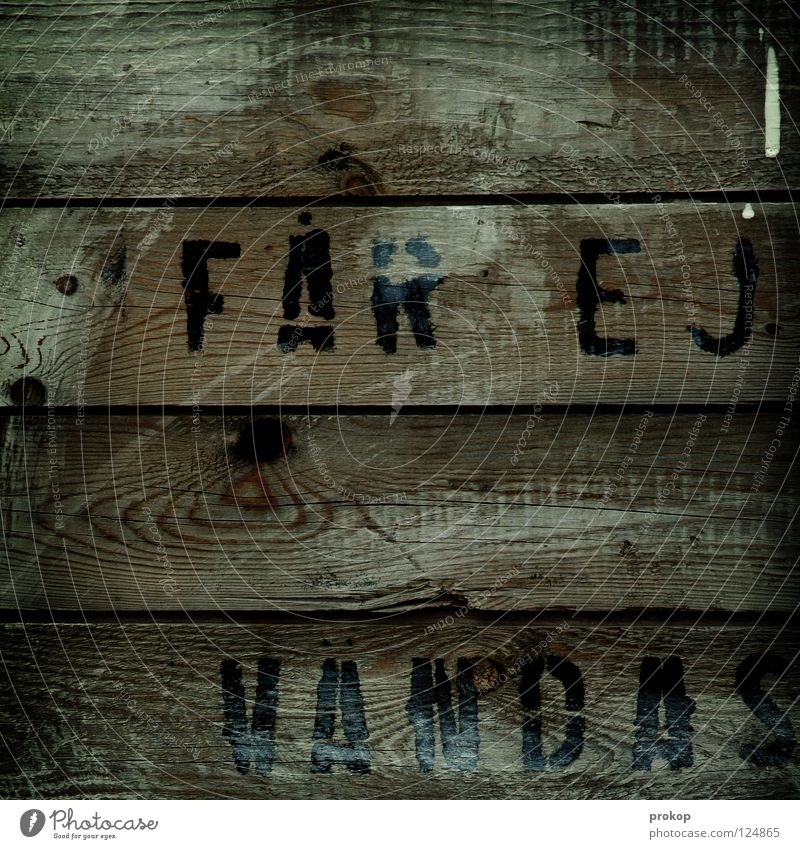 """""""Z"""" in der Kiste Holz Buchstaben Norweger morsch feucht Hütte Norwegen Schriftzeichen Baum Eiche Buche Fichte Material drucken verpackt Handwerk Schifffahrt alt"""