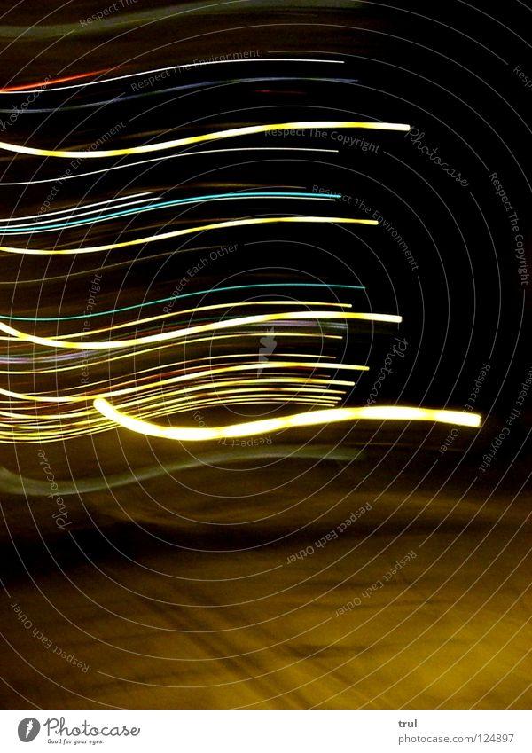22:13 Straße Farbe Lampe dunkel Bewegung