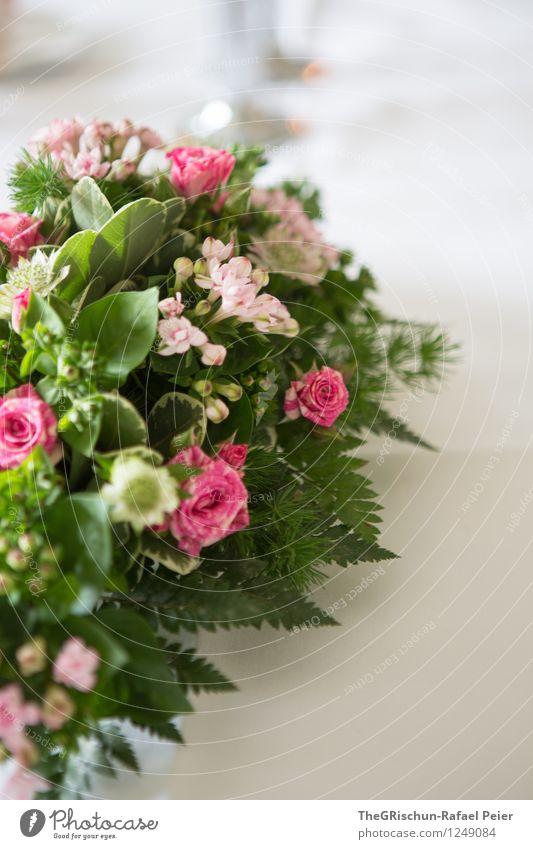 Tischdeko Natur Pflanze Rose grau grün violett rosa türkis weiß Tischdekoration Blume Detailaufnahme Farn Blumenstrauß Blatt edel Dekoration & Verzierung
