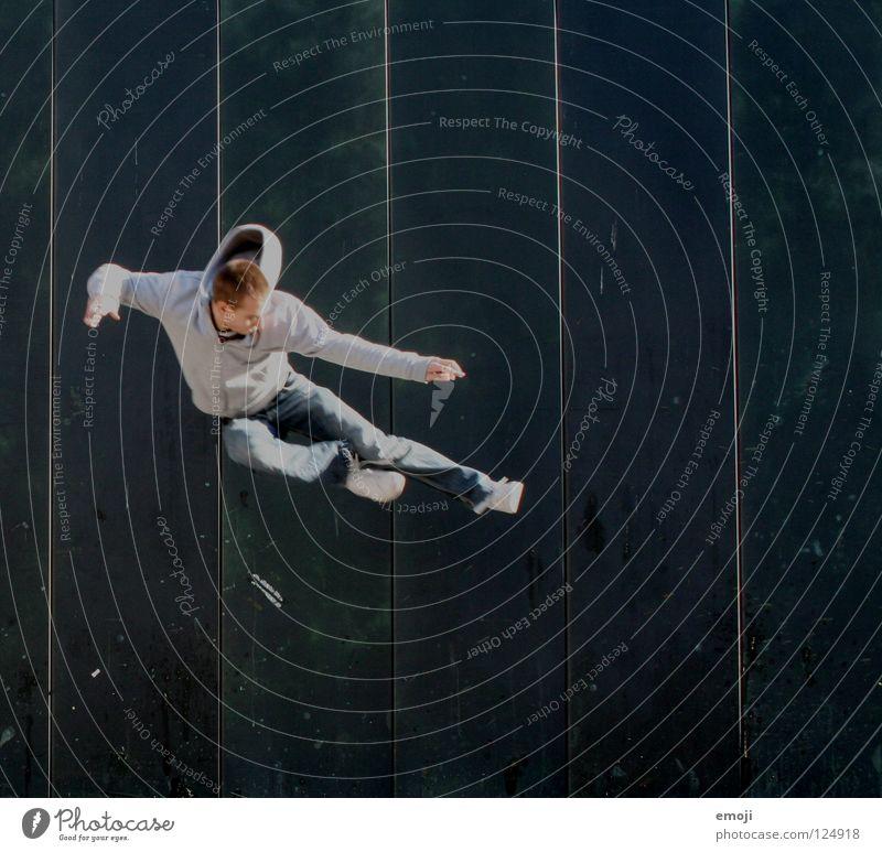 kamikazeeeee Mensch Mann Jugendliche grün Freude Sport Wand springen Spielen Bewegung lachen Mauer gehen Hintergrundbild Dynamik türkis