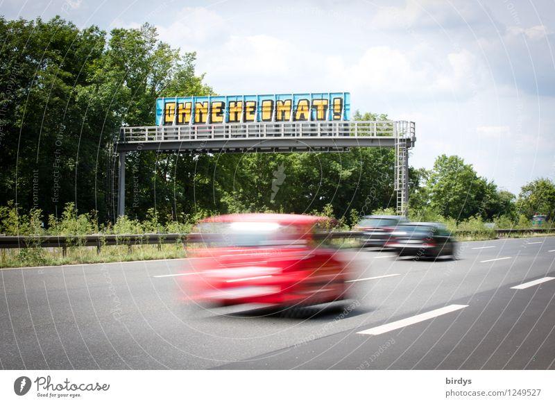 homeless Himmel Wolken Sommer Baum Verkehr Autofahren Autobahn Verkehrszeichen Verkehrsschild PKW Schriftzeichen Graffiti Ferien & Urlaub & Reisen