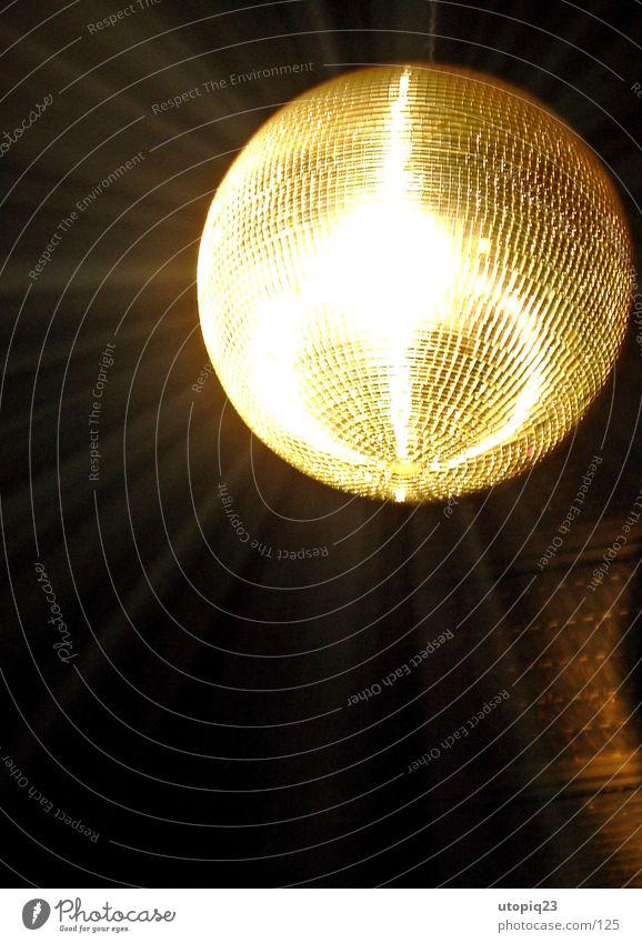 Disco Freude springen Party Musik Metall Feste & Feiern Tanzen glänzend Glas Tanzveranstaltung Lifestyle Dekoration & Verzierung Streifen Kitsch hören