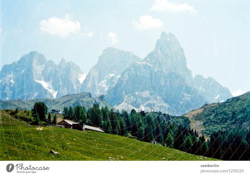 Italien (3) Europa Ferien & Urlaub & Reisen Reisefotografie Tourismus Landschaft Berge u. Gebirge Tal Serpentinen Wege & Pfade Fußweg Straße Pass wandern Felsen