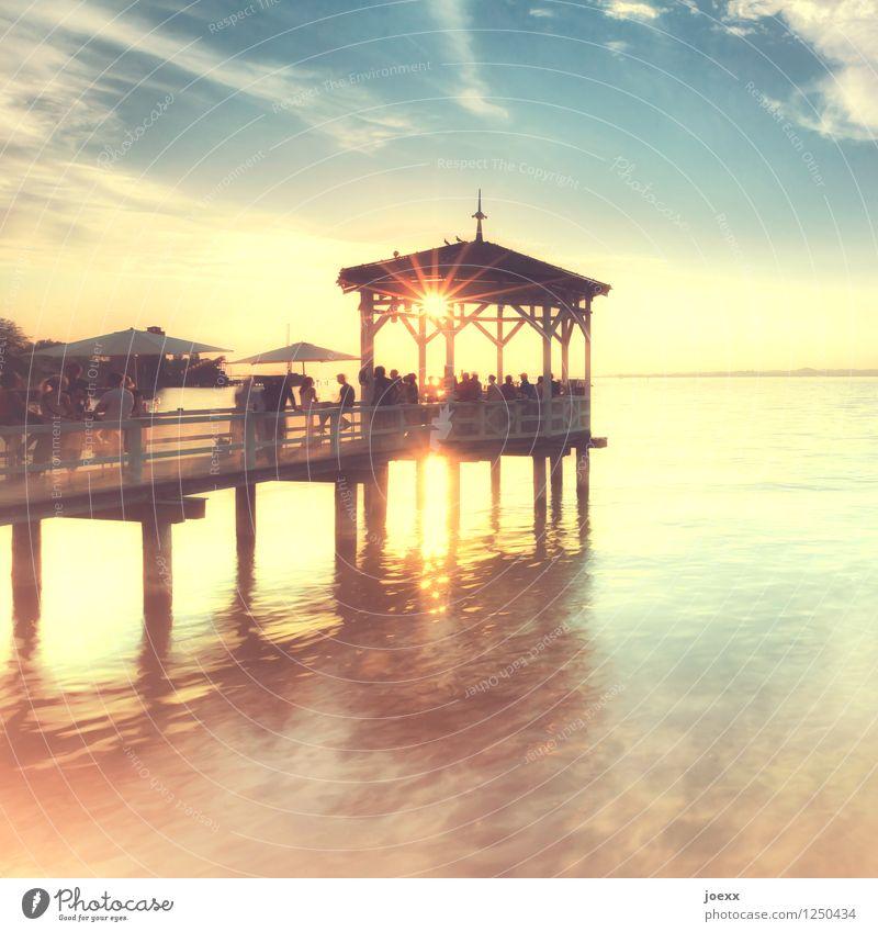 Sunset Bar Lifestyle Freude Freizeit & Hobby Sommer Sommerurlaub Mensch Erwachsene Wasser Himmel Wolken Sonnenaufgang Sonnenuntergang Sonnenlicht Schönes Wetter