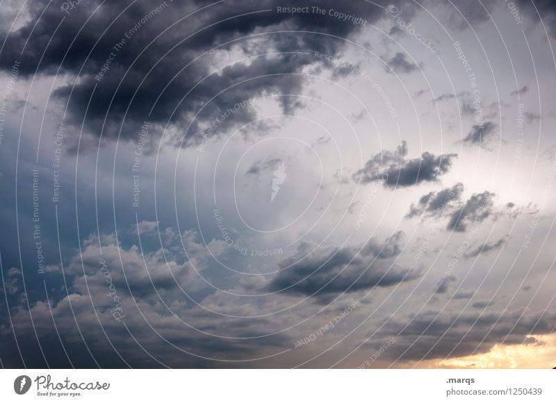 Himmel Natur Sommer Umwelt Herbst Wind ästhetisch Urelemente Unwetter Sturm Vielfältig Gewitterwolken nur Himmel