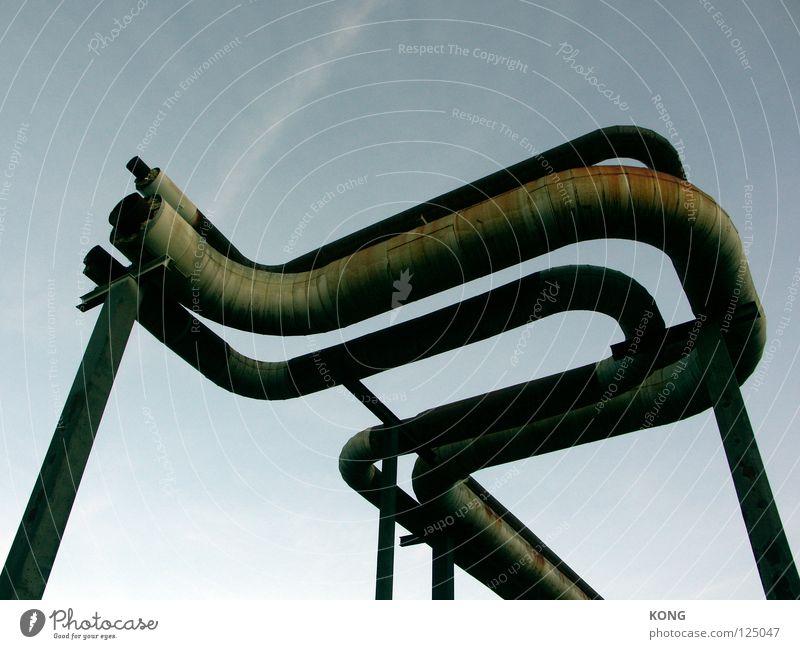 venom Himmel Wärme Beine Metall Linie hoch Kreis Industrie Industriefotografie verfallen Röhren Rost Leitung Heizkörper graphisch Bogen