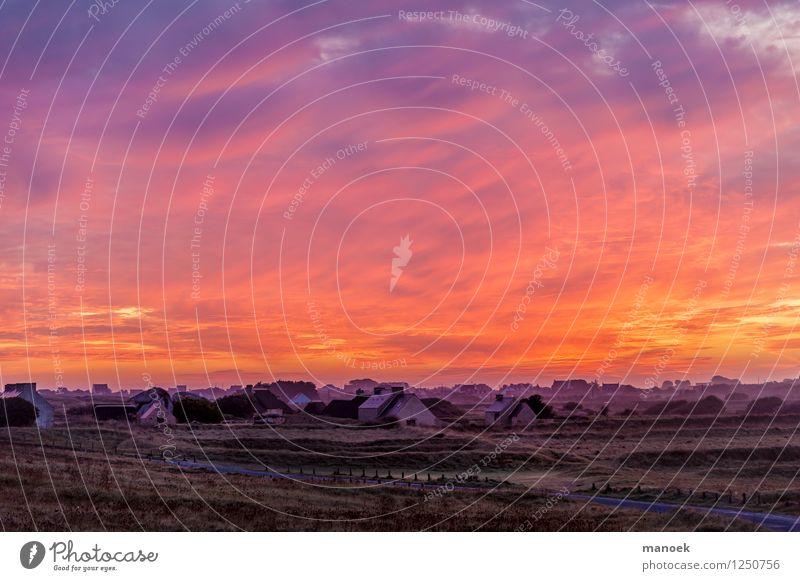 Sonnenaufgang in der Bretagne Himmel Ferien & Urlaub & Reisen Landschaft Wolken Feld Tourismus Warmherzigkeit Dorf Sommerurlaub Finistere