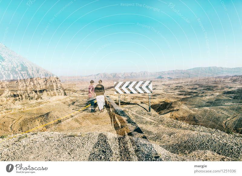 Richtung Wüste Ferien & Urlaub & Reisen Tourismus Ausflug Abenteuer Ferne Freiheit Sightseeing Safari Sommer feminin Junge Frau Jugendliche Erwachsene 2 Mensch