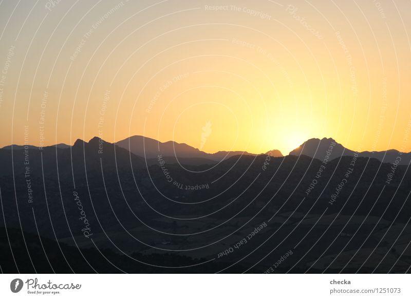 Sunset Ronda Natur Erholung Landschaft Berge u. Gebirge Umwelt träumen Zufriedenheit leuchten Hügel Skyline sanft Identität erleben