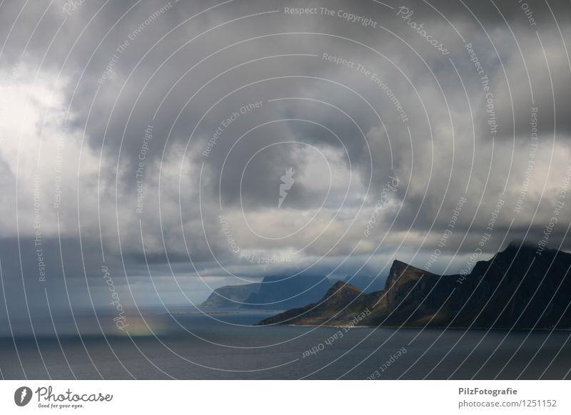 Regenbogen Himmel Natur Meer Landschaft ruhig Wolken Berge u. Gebirge Umwelt Küste außergewöhnlich Felsen Horizont Idylle Abenteuer Gipfel