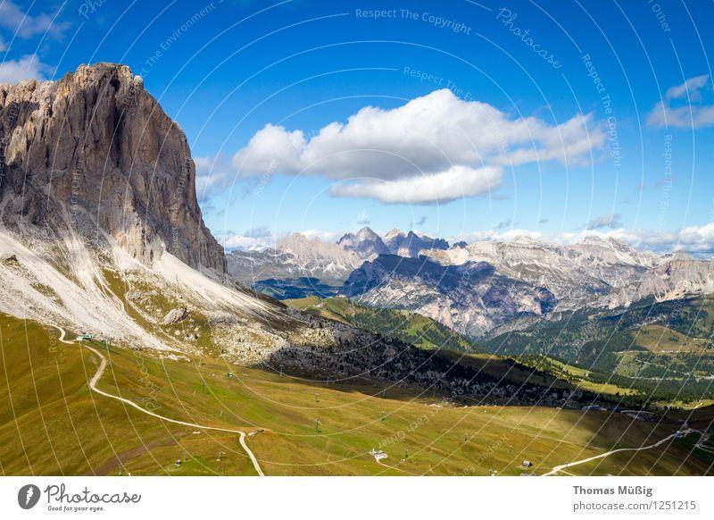 Dolomiten Ferien & Urlaub & Reisen Sommer Wald Berge u. Gebirge Tourismus wandern Italien Gipfel Alpen Fernweh Bergsteigen Blauer Himmel Südtirol Sella