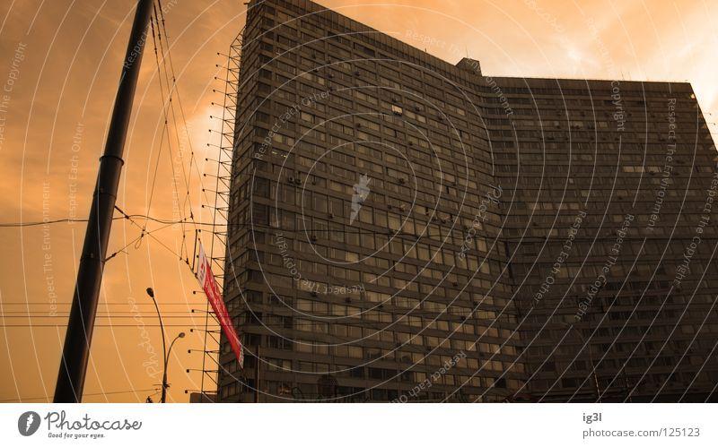 moskau sunset Moskau Smog Sonnenuntergang Osteuropa Stadt rot Weltmacht Häuserzeile Reichtum Demographie Lichtstimmung Lichteinfall Klimawandel Partikelfilter