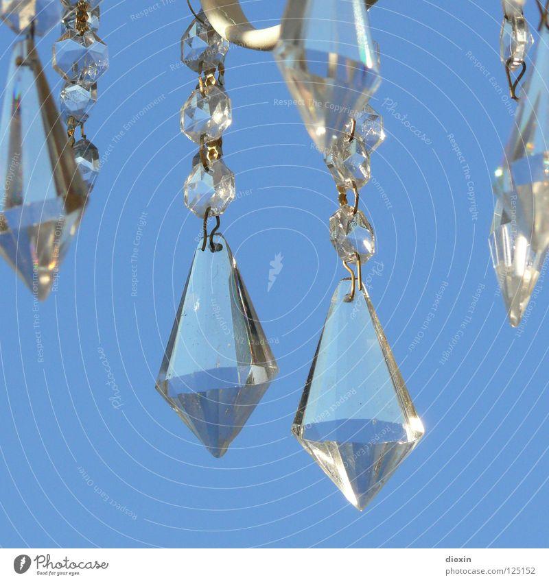 Flohmarkjuwelen #2 Himmel blau Kunst glänzend Glas Schmuck edel Kristallstrukturen Diamant Schatz brilliant Kostbarkeit Kunsthandwerk teuer Fälschung Lampe