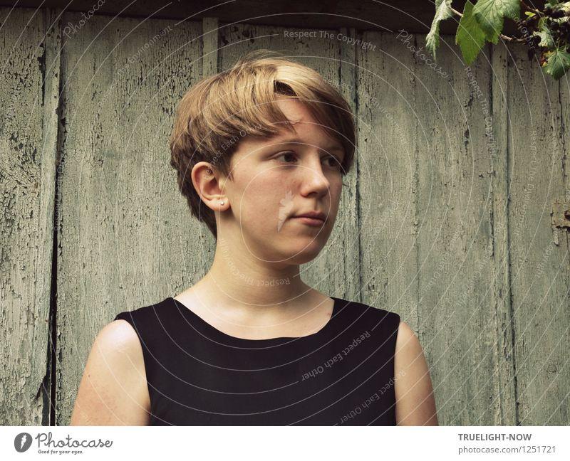 Junge Melancholie Mensch feminin Mädchen Junge Frau Jugendliche Kindheit 1 13-18 Jahre Kleid Haare & Frisuren blond kurzhaarig ästhetisch authentisch elegant