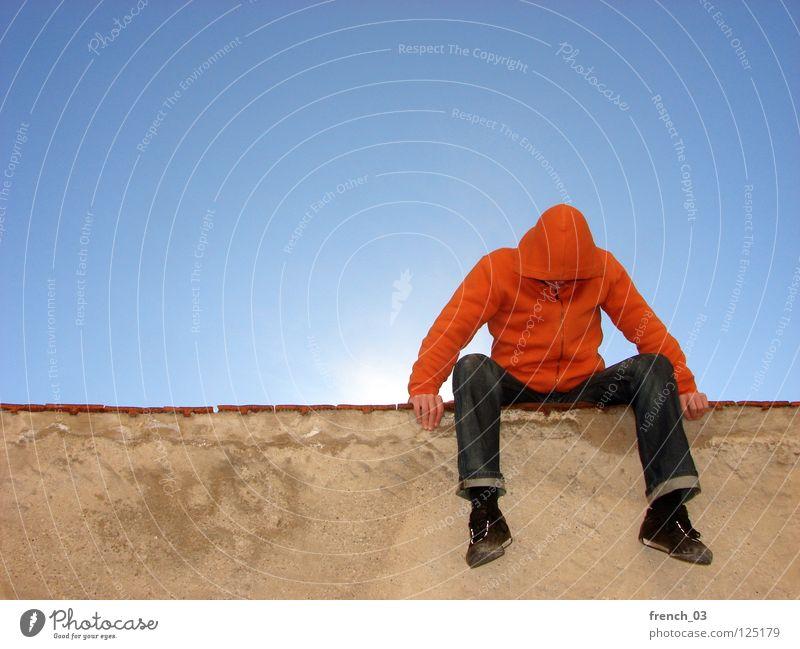 Will ich denn frei sein? Mensch Himmel Mann blau rot Sonne schwarz Erholung Ferne gelb Wand oben Bewegung Freiheit Mauer springen