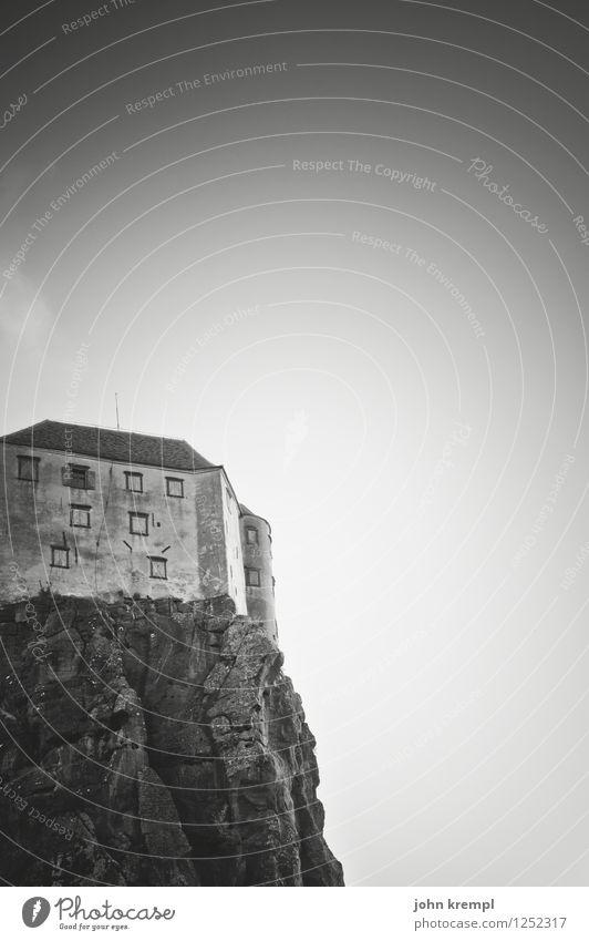 Riegersburg Ferien & Urlaub & Reisen dunkel Felsen Tourismus Vergänglichkeit bedrohlich historisch Wandel & Veränderung Sicherheit Schutz Burg oder Schloss