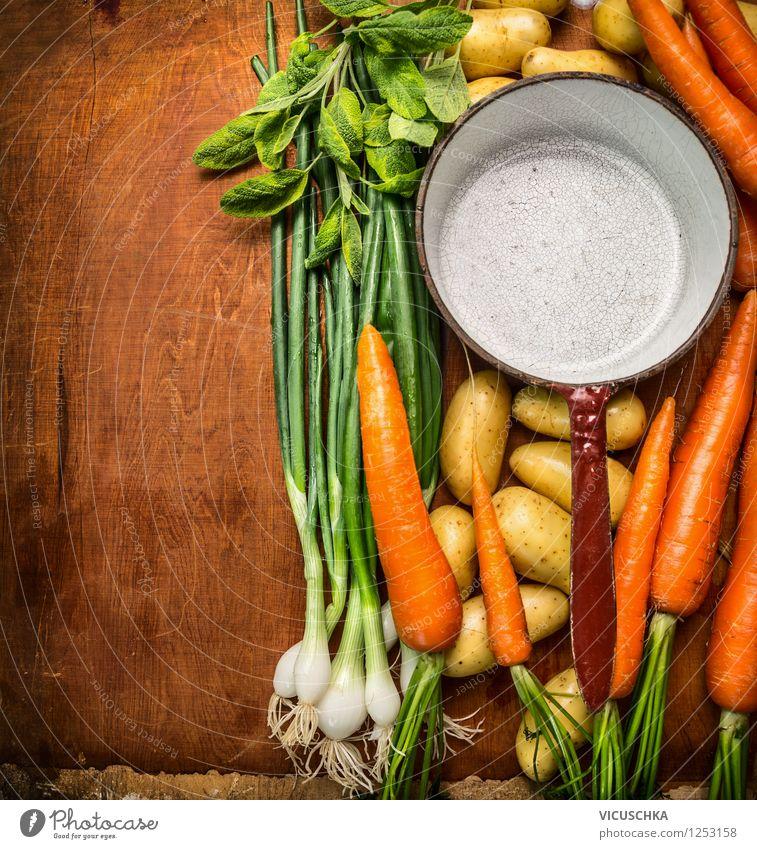 Alter Topf und Garten Gemüse Gesunde Ernährung Leben Stil Essen Hintergrundbild Foodfotografie Lebensmittel Design Tisch Kochen & Garen & Backen retro