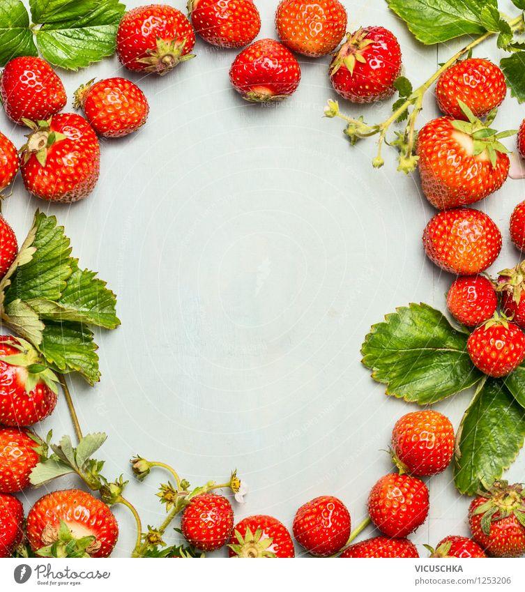 Hintergrund mit Erdbeeren Rahmen Natur grün Sommer Blatt Gesunde Ernährung Leben Stil Hintergrundbild Garten Lebensmittel Frucht Design frisch Ernährung Bioprodukte reif