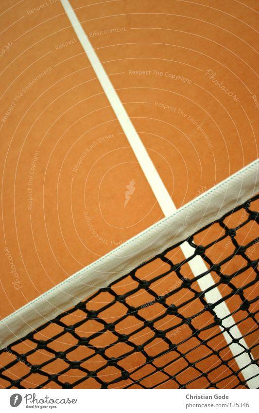 Voll ins Netz grün weiß Winter Sport Spielen springen Linie orange Freizeit & Hobby Geschwindigkeit Netz Lagerhalle Teppich Tennis Aufschlag Ballsport